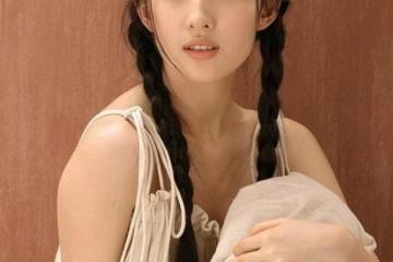 刘亦菲说自己是全家长得最丑的看完她家人的相片后我真的信了