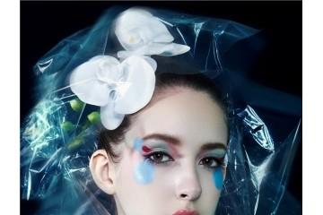 想转行当化妆师风险大吗?化妆师是个好工作吗?